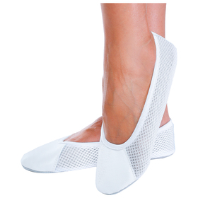 Gym shoes mesh/genuine leather, color white, length of the insole 23cm