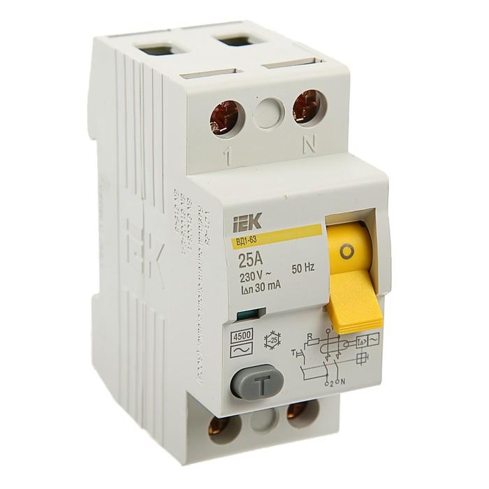 Дифференциальный автомат IEK, ВД1-63, 2п, 25 А, характеристика С, 30 мА, 4.5 кА, MDV10-2-025   37425