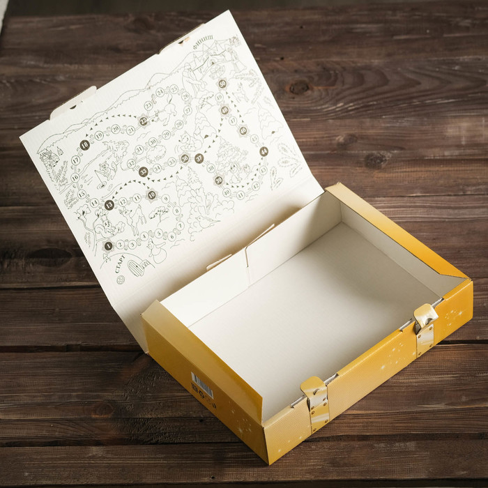 """Подарочная коробка """"Сказки Дедушки Мороза"""" красная, 22,5 х 6,7 х 30,5 см"""