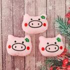 """Декор для творчества - мягкая игрушка """"Свинка с цветочком"""" размер 1 шт 4*6*2 см, набор 3 шт   360150"""