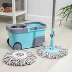 Набор для уборки: ведро на колёсиках с металлической центрифугой 14 л, швабра, запасная насадка из микрофибры, цвет МИКС - фото 4644065