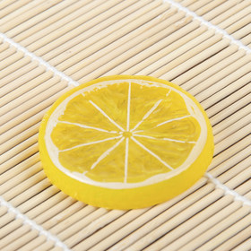 A fake slice of lemon d-5cm (packing 10pcs, price is for 1pc)