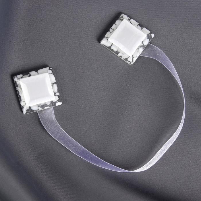 Подхват для штор «Квадрат», 3,5 × 3,5 см, цвет белый