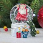 "Сувенир полистоун водяной шар ""Привет, Дед Мороз"" 6,5х5х5 см"