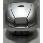 Кофр со спинкой, 30,5л серебряный, SYM, 8135A-HMA-000-QZ