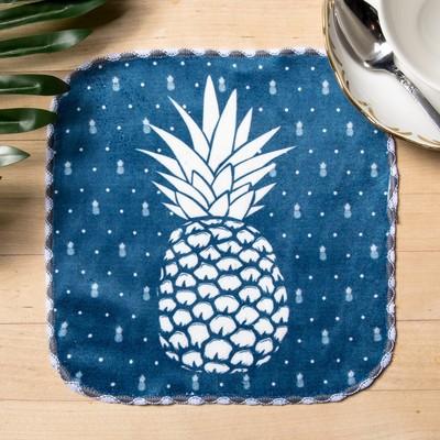 "Towel microfiber ""Pineapple"" 20x20 cm"