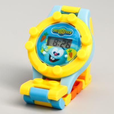 """Часы наручные электронные СМЕШАРИКИ """"Крош и Ежик"""", с ремешком-конструктором"""