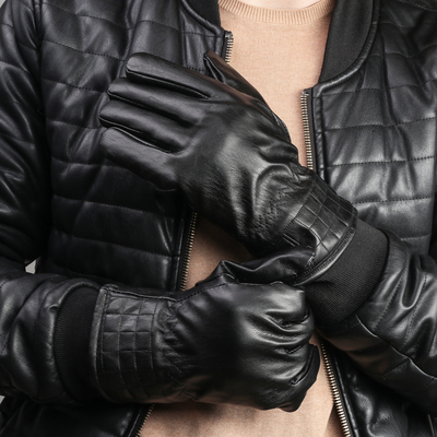 Men's oversized gloves, a fleece lining, color black