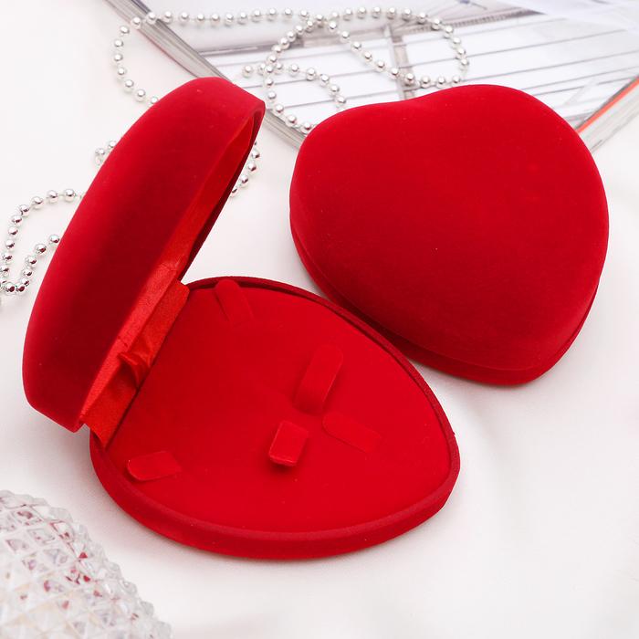 """Футляр под набор """"Сердце"""", 10*8,5*5, цвет красный, вставка красная"""
