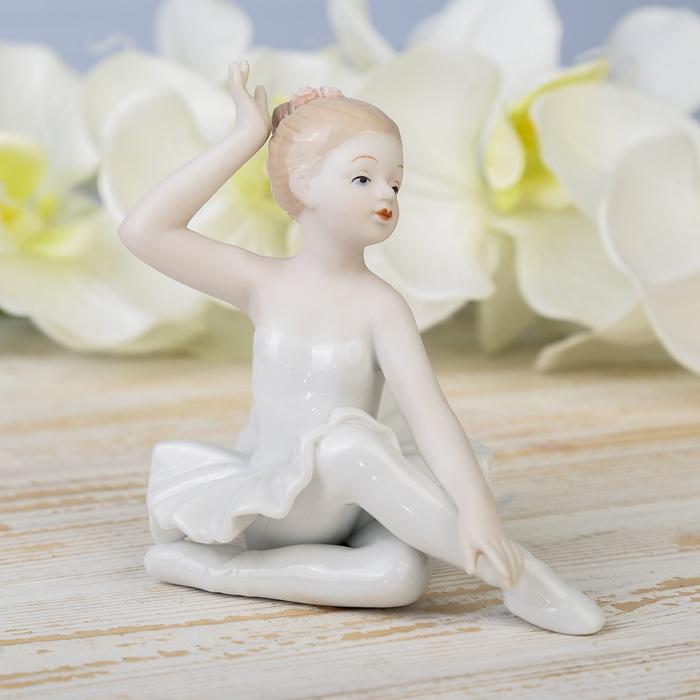 "Сувенир керамика ""Маленькая грациозная балерина"" 12х12,3х8,5 см"