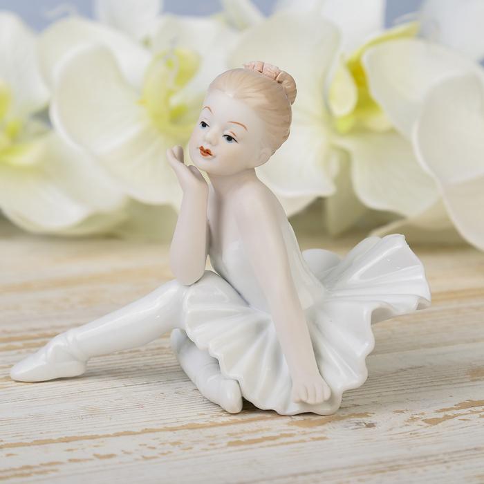 """Сувенир керамика """"Малышка балерина"""" 10х9,5х13 см"""