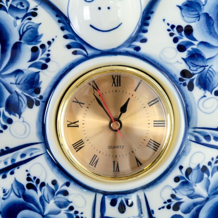 Часы «Бабочка», 23,5×29 см, гжель