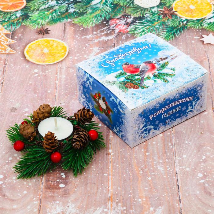 Свеча в венке «Снегири», 10 х 10 х 5 см