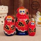 Матрёшка «Смородинка», красное платье, 3 кукольная. 10 см