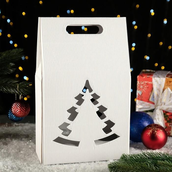 "Подарочная коробка ""Сумка с ёлкой"", 24 х 13,5 х 40 см"