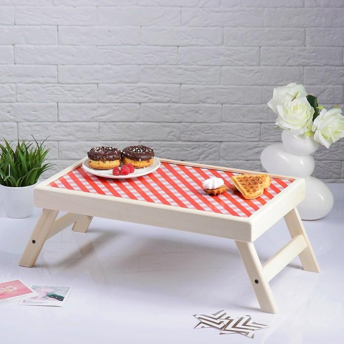 "Столик для завтрака ""Красная клетка"""