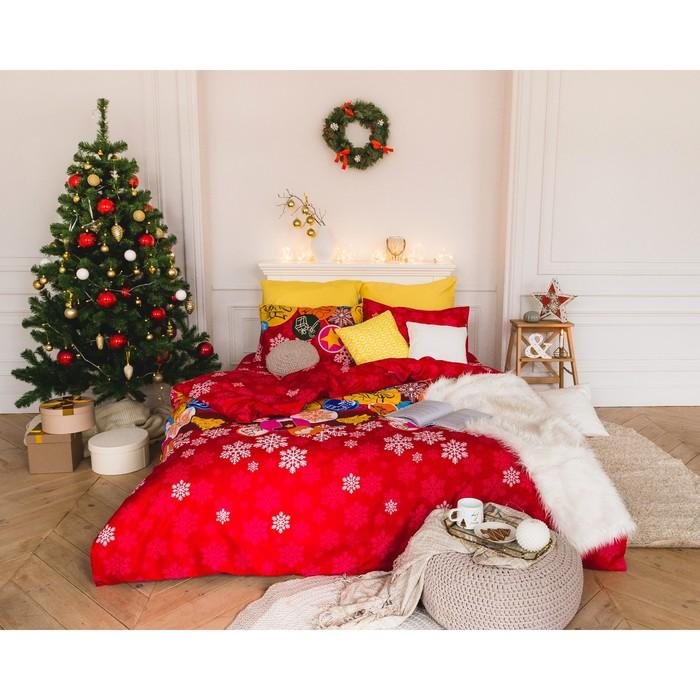 Постельное бельё «Экономь и Я» Новогодние подарки дуэт 143×210 см - 2 шт., 210×240, 50×70 - 2 шт., микрофайбер, 75 г/м²