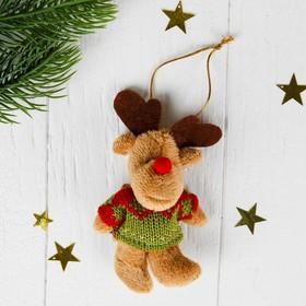 Мягкая игрушка-подвеска 'Северный олень в свитере' цвета МИКС Ош