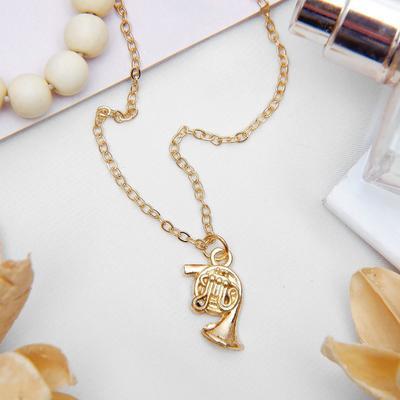 """Pendant """"Trumpet"""" horn, color gold, 45 cm"""