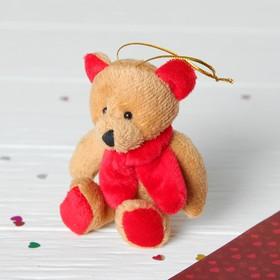 Мягкая игрушка-подвеска 'Мишка в красном шарфе' цвета МИКС Ош