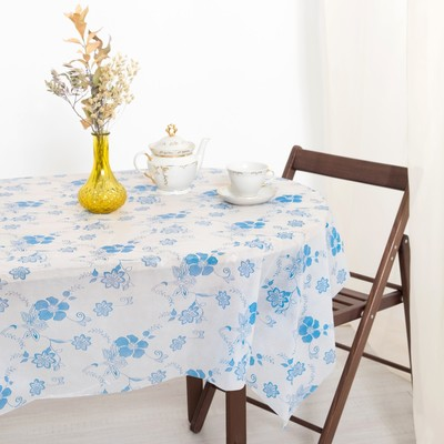 Tablecloth to give the hostess a Romance of 140×180 cm