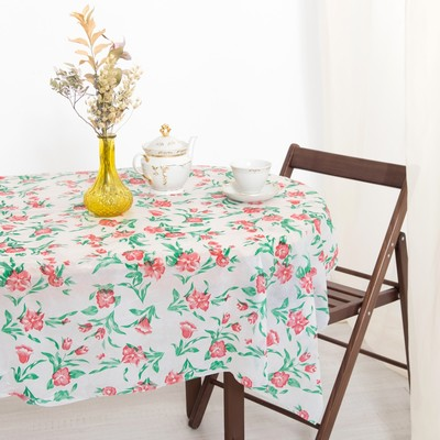 Tablecloth to give the hostess Hibiscus 140×180 cm