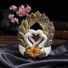 "Сувенир керамика ""Два белых павлина с золотым оперением и сердцем"" 23х18х7,8 см"