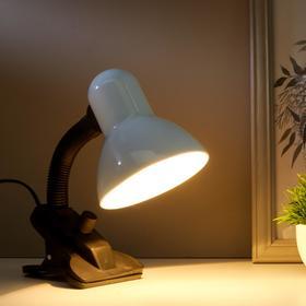 Лампа настольная Е27, светорегулятор, на зажиме (220В) белая 26х13х11