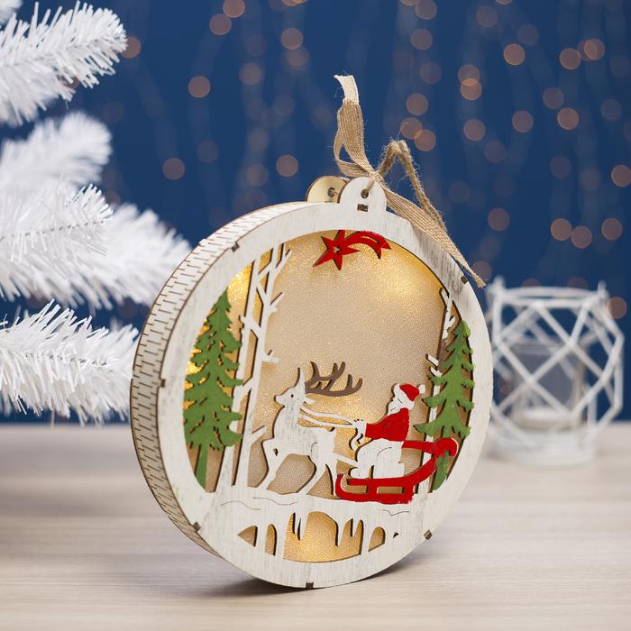 "Фигура деревянная ""Шарик Сани с Оленями"", 19х19х3.5 см, 2*AA (не в компл.) 5 LED, белый"