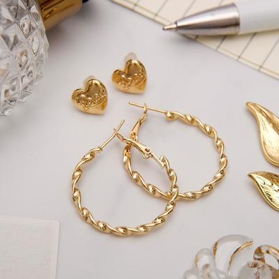 """Серьги-кольца с пуссетами """"Сердце"""", цвет золото, d=2,5 см"""