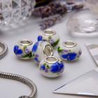 """Бусина """"Розы"""", цвет бело-синий в серебре"""