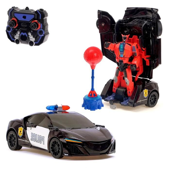 Робот-трансформер радиоуправляемый «Автобот-боксёр», полицейский, с аккумулятором, заряд от USB