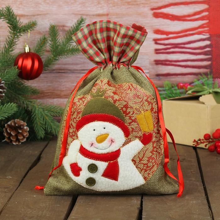 """Мешок для подарков """"Снеговичок с подарком"""" на завязках"""