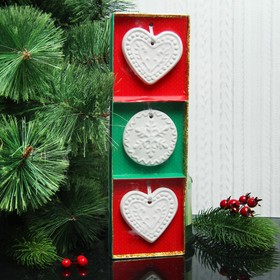"""A set of Christmas pendants under coloring 3 PCs """"Charm"""" with the suspension"""