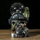 "Плазменный шар полистоун ""Череп пирата со змеёй"" 22х14х12,5 см"