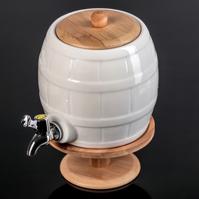A barrel with a tap 2.5 l Estet, on a wooden stand
