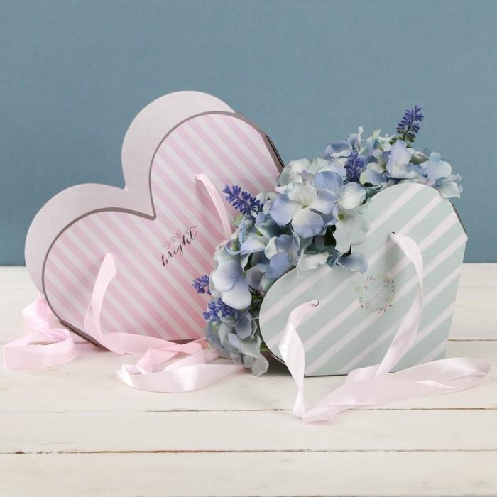 Набор коробок складных сердце с лентами «Легкости», 25 × 20 × 11 см 20 × 16 × 9 см