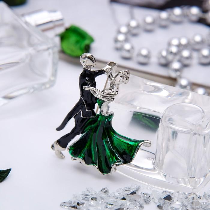 """Брошь спортивная """"Танцоры"""" танго, цвет черно-зеленый в серебре"""