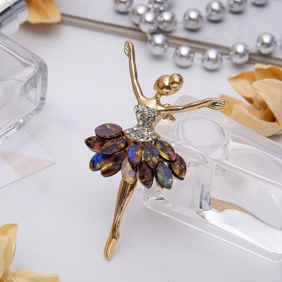 """The brooch sports """"Ballerina"""" double pack, color white-green gold"""