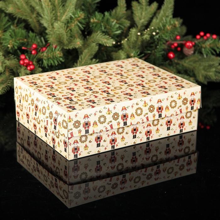 """Коробка картонная на 12 капкейков """"Щелкунчик"""", 32,5 х 25,5 х 10 см"""