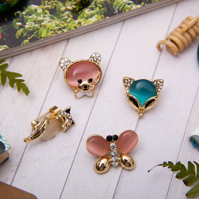 """Brooch """"Forest dwellers"""", form MIX, MIX color gold"""