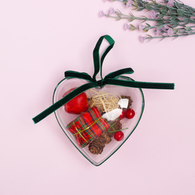Новогодняя подвеска с природным декором «Сердце с яблочком»