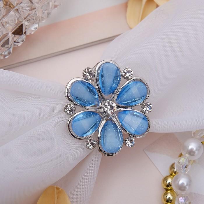 "Кольцо для платка ""Цветок маргаритка"", цвет синий в серебре"