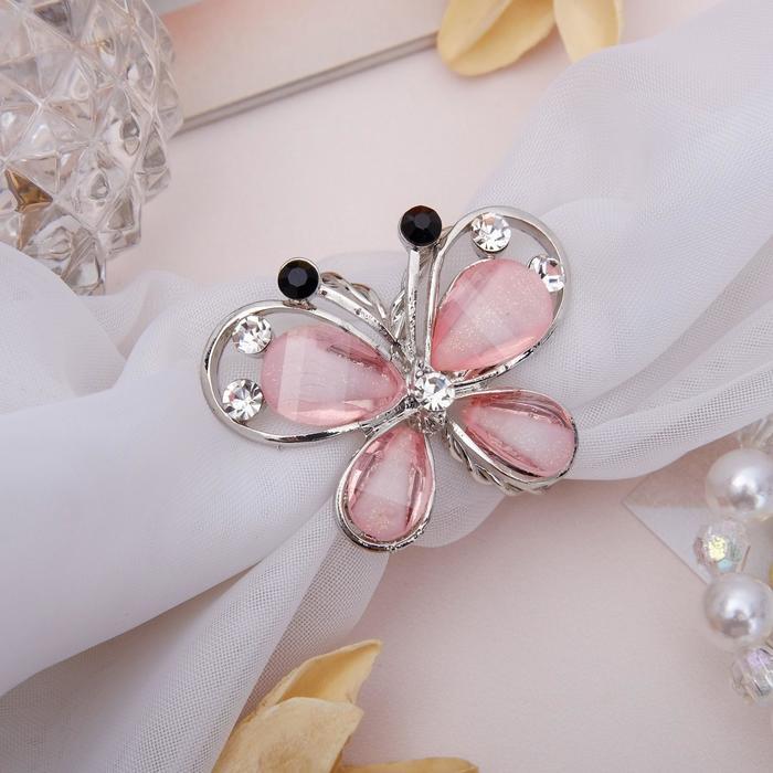 Розовый в серебре