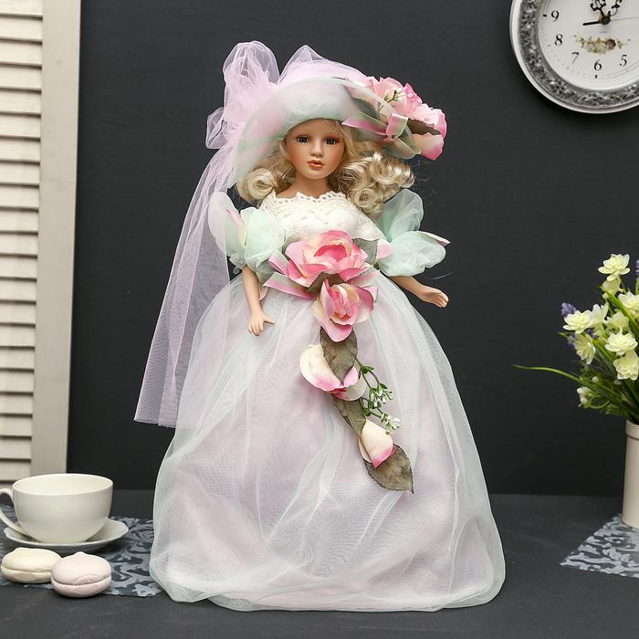 """Кукла-светильник коллекционная керамика """"Фрейлина Мария в платье нежно-зелёного цвета""""45 см"""