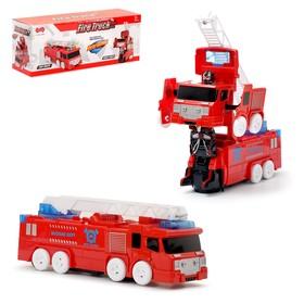 """Робот-трансформер """"Пожарная машина"""", в упаковке"""