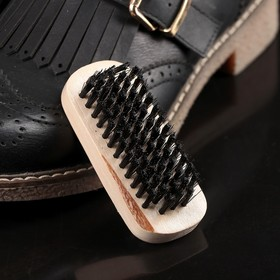 Brush for clothes and shoes, faux bristles of 8.3×3,5×2,5 cm
