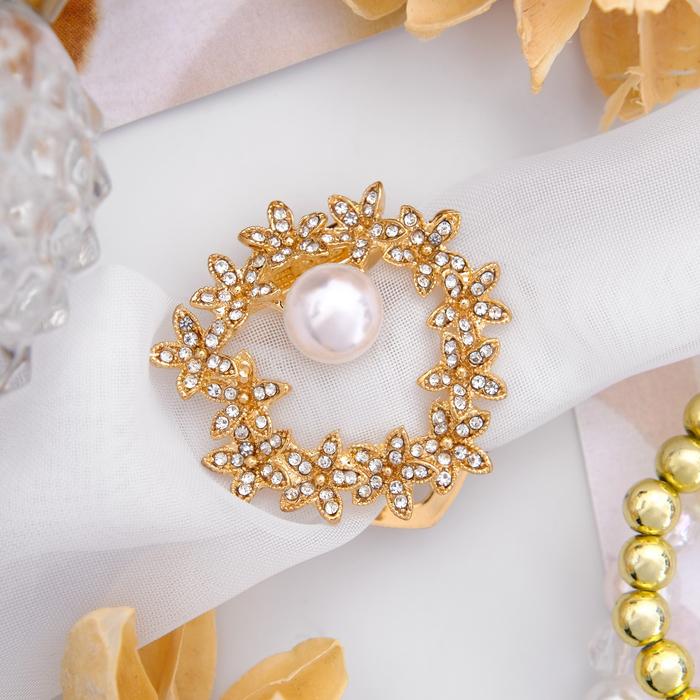 """Зажим для платка """"Цветочный ореол"""", цвет белый в золоте"""