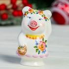 Сувенир «Свинка Модница», 5×5×8 см,  1 сорт