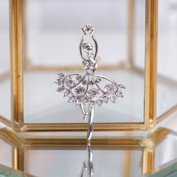 """Брошь """"Балерина"""" ан лер, цвет белый в серебре"""